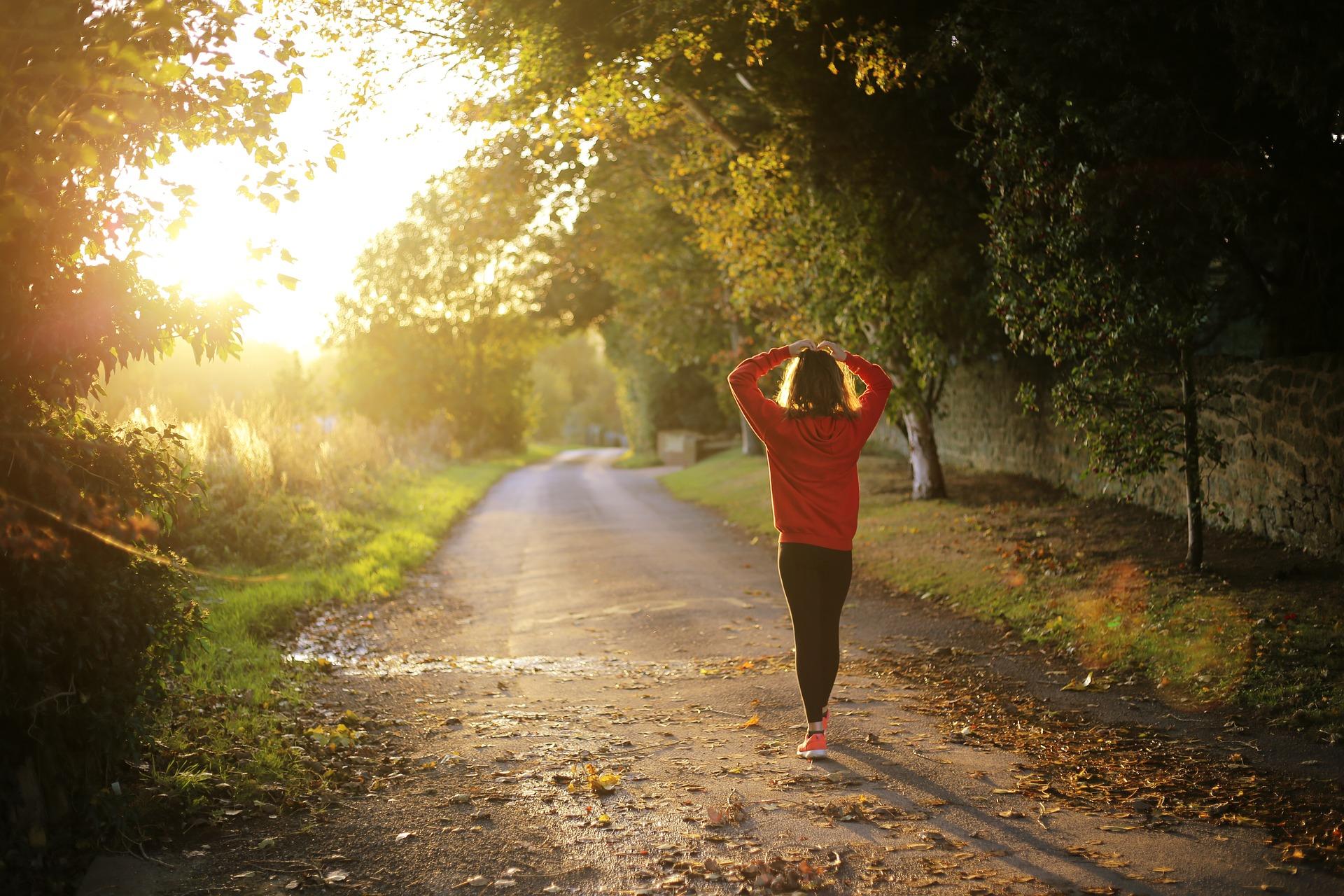 Camminare è un'ottima terapia per il tuo dolore cervicale!